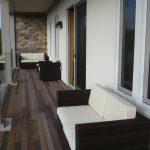 Balcony with outdoor loveseats